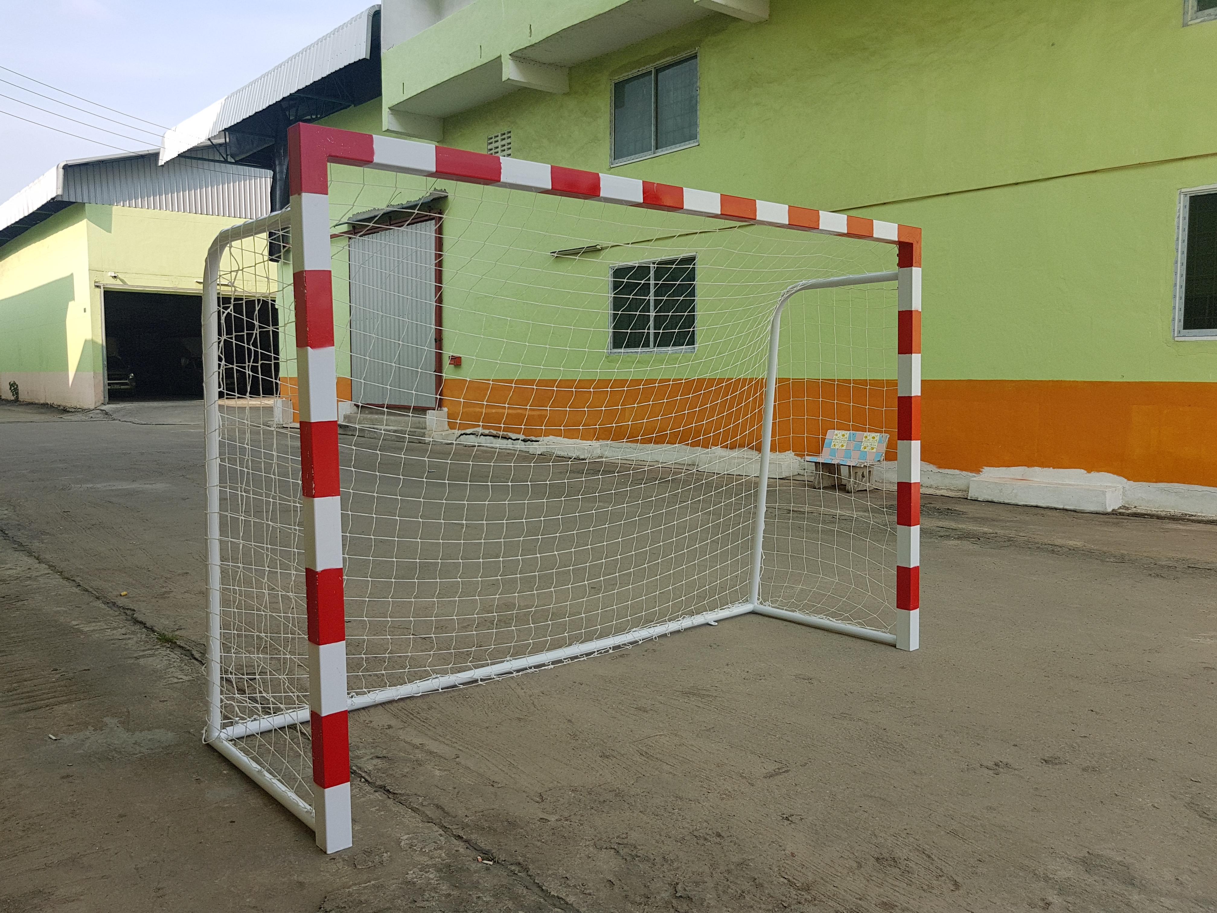 Futsal goal standard size
